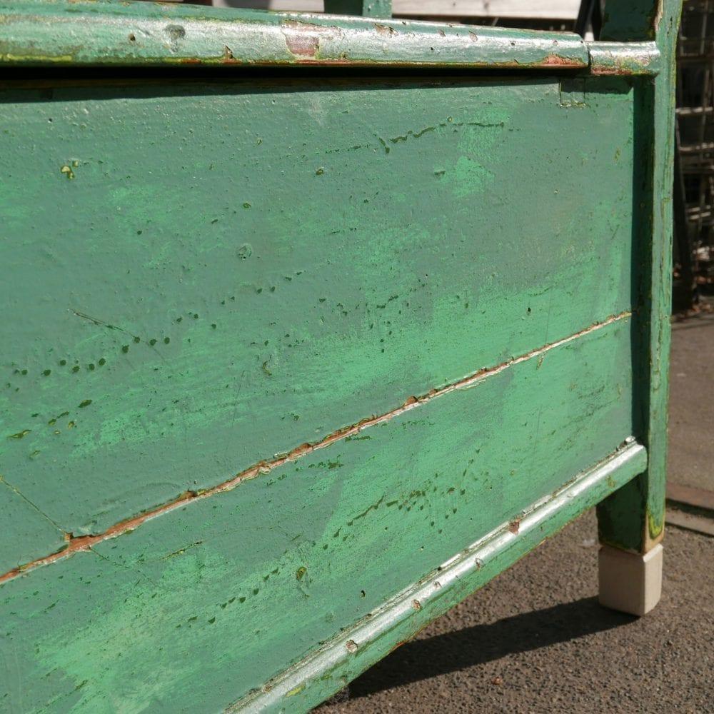 Hongaarse houten groene kistbank