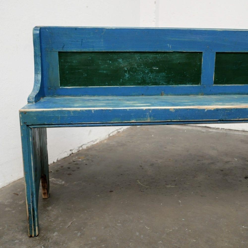 Houten blauwe bank
