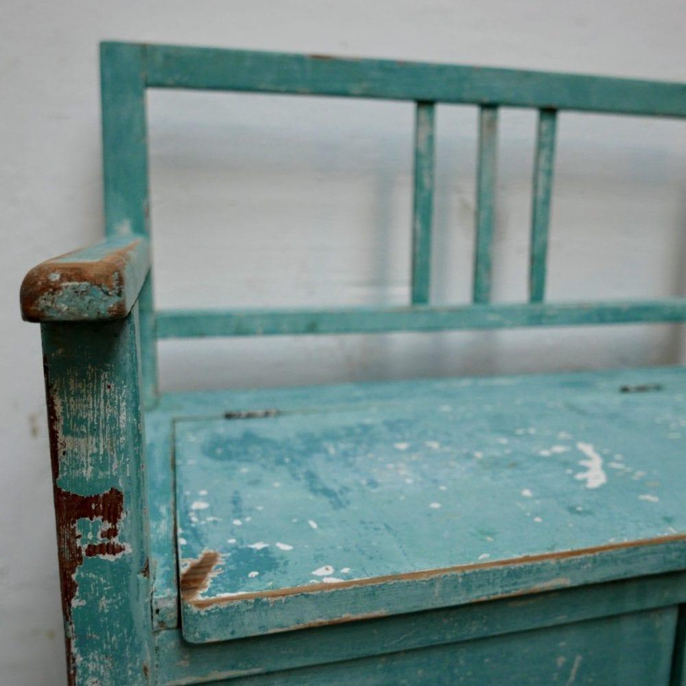 Blauwe kinderbank