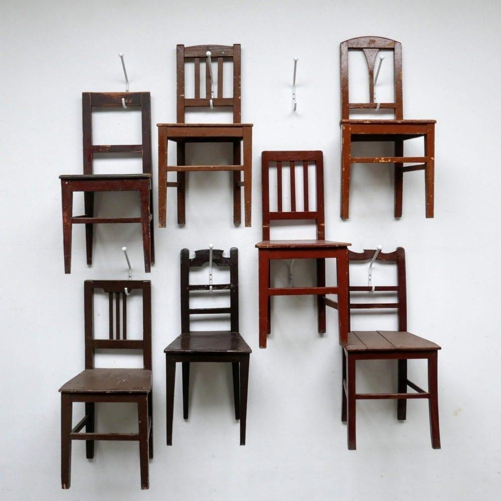 Hongaarse houten donkerbruine stoel