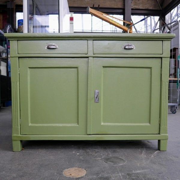 Groene houten commode