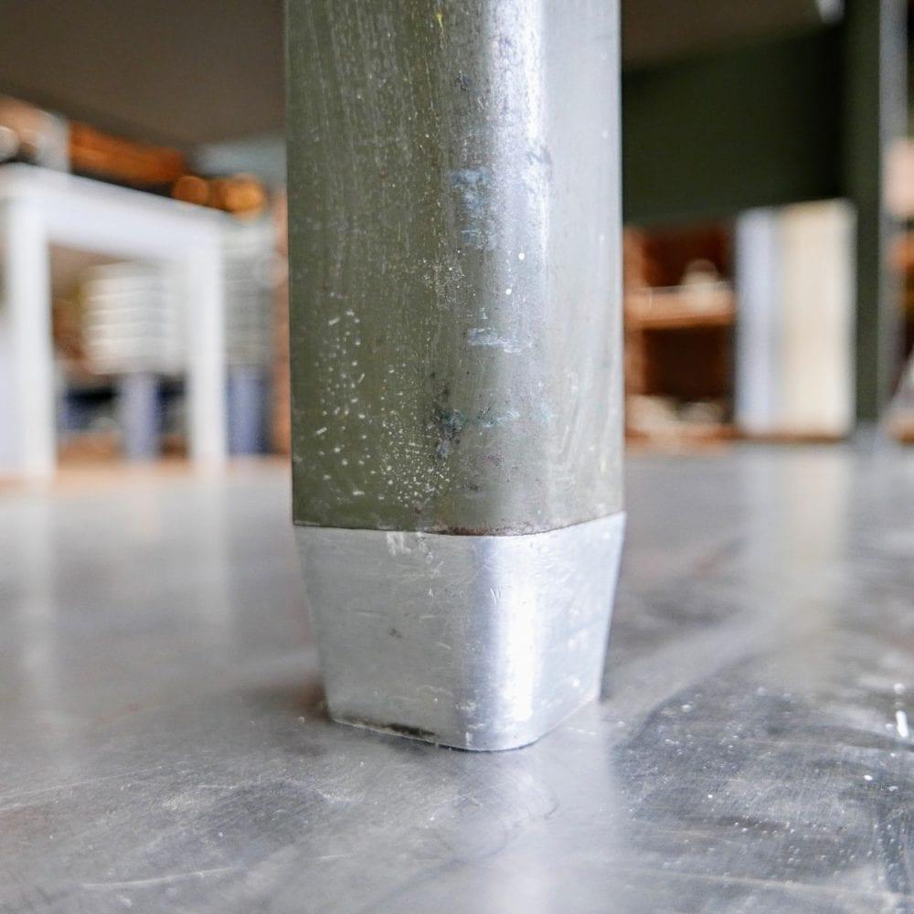 Metalen bureau Gispen