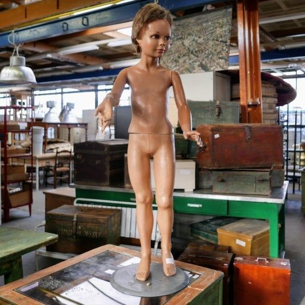 vintage mannequin etalage pop