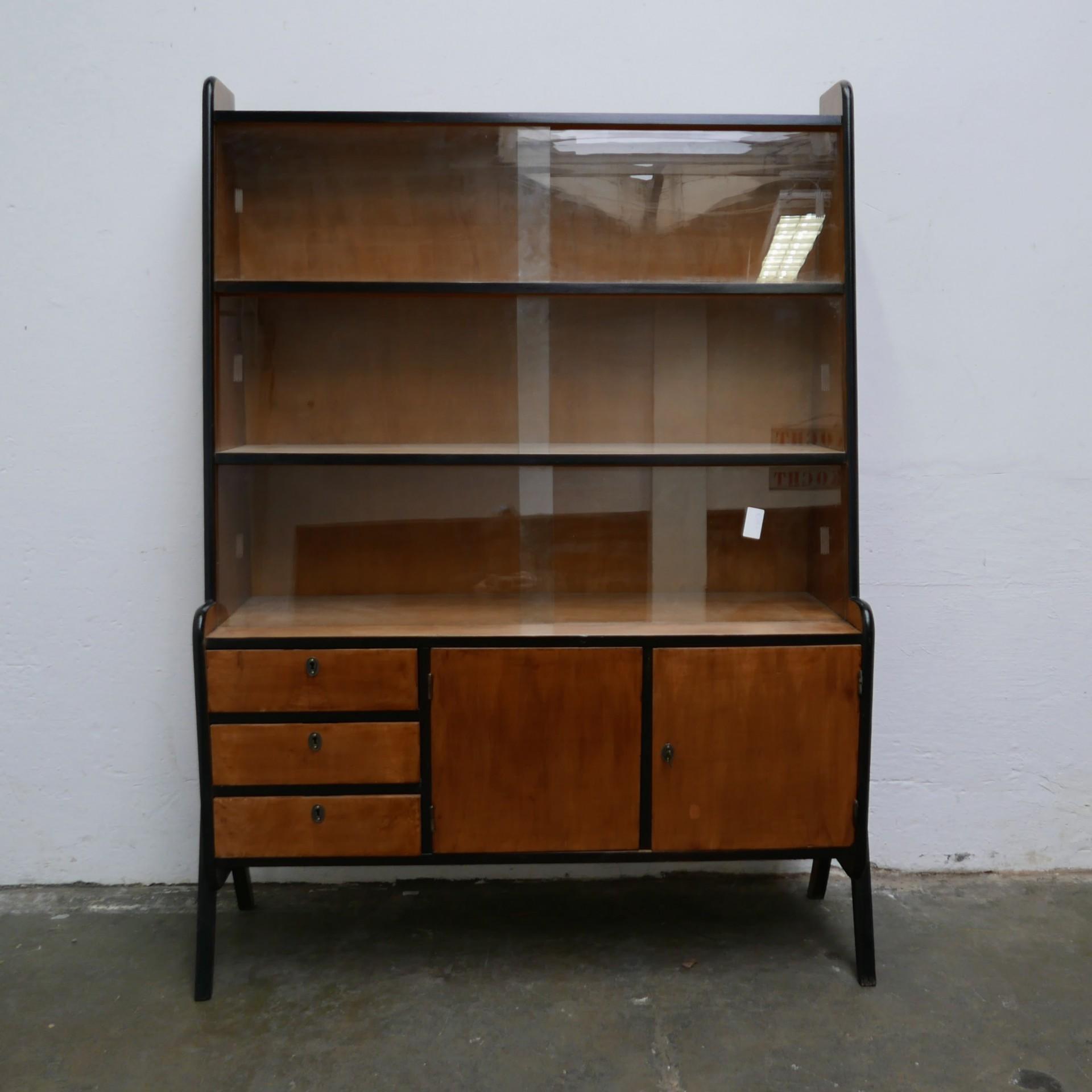 Spiksplinternieuw Retro Hongaarse vitrinekast » Van Dijk en Ko RM-79