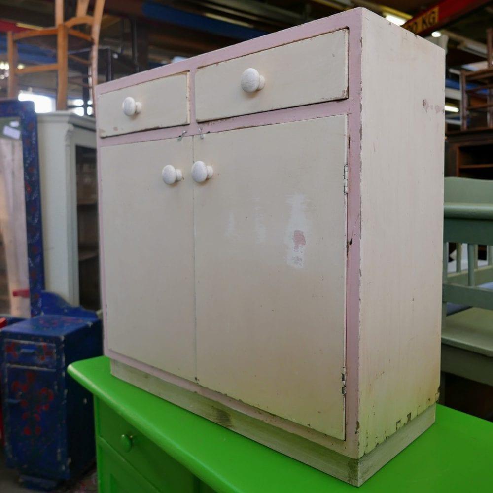 roze-wit kastje