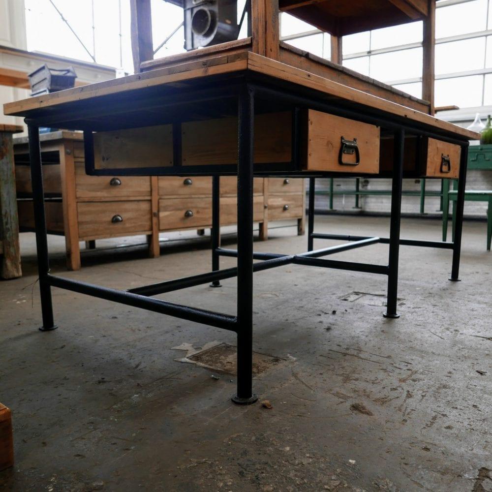 metalen winkeltafel