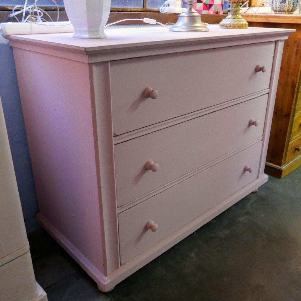 roze houten onderkast