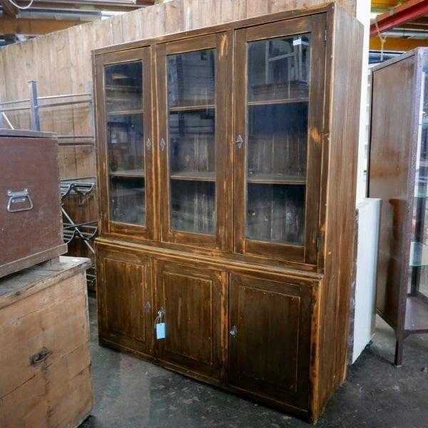 houten winkelkast