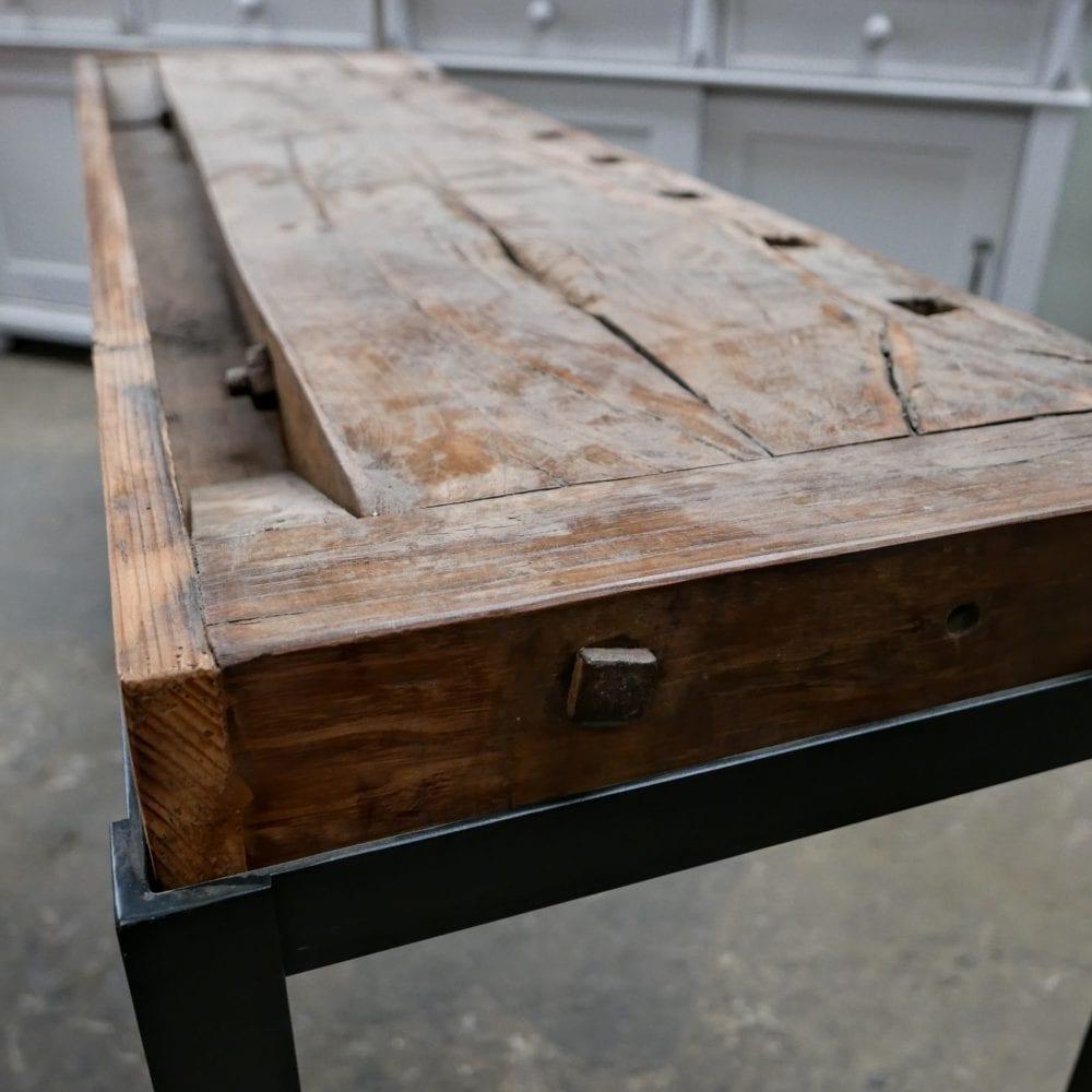 industriële tafel met werkbank blad