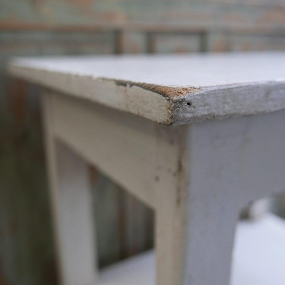 brocant wit tafeltje