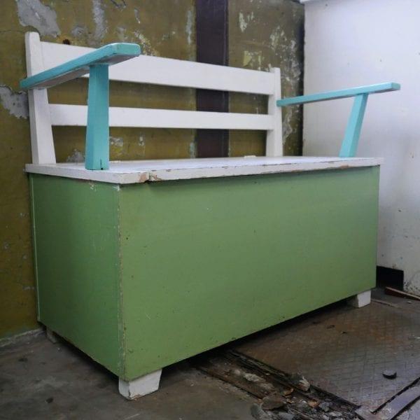 groen-mint kinderbankje