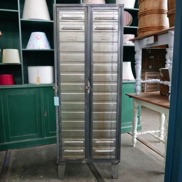 zilveren locker