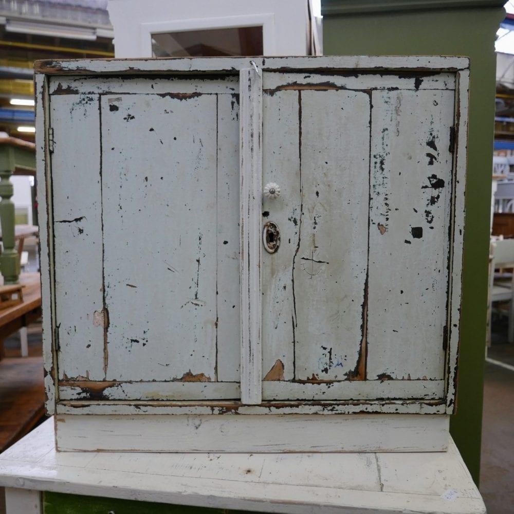 wit kastje