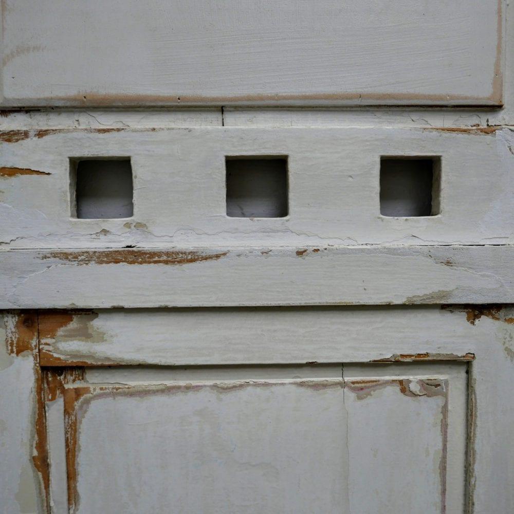 wit houten kapstokmeubel