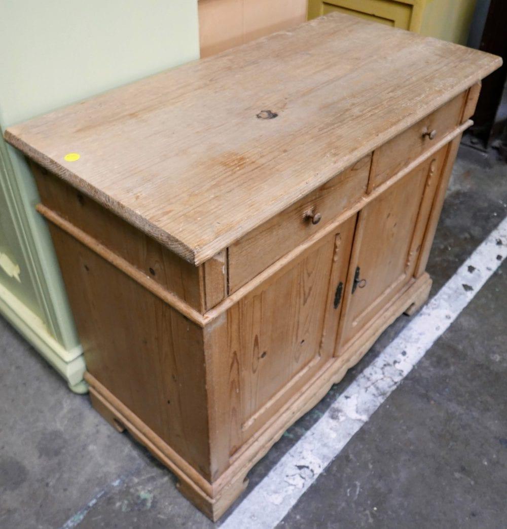 houten kastje