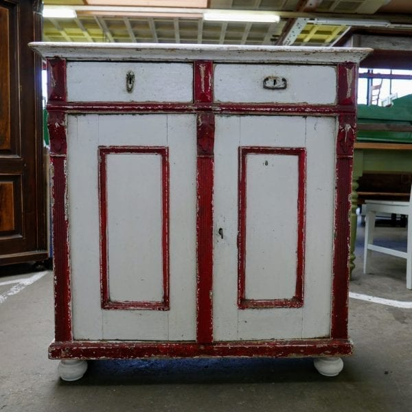 rood-witte commode