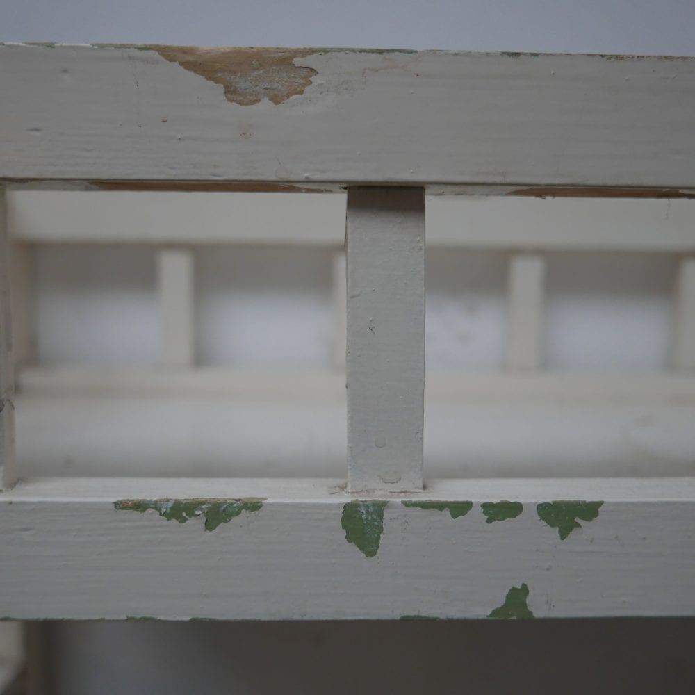wit brocante planten kastje