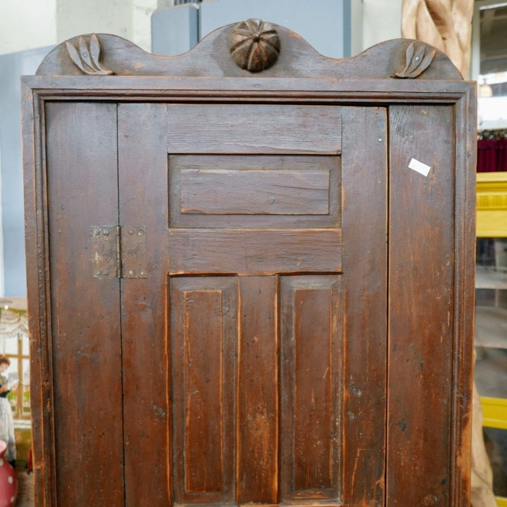 authentieke houten keukenkast
