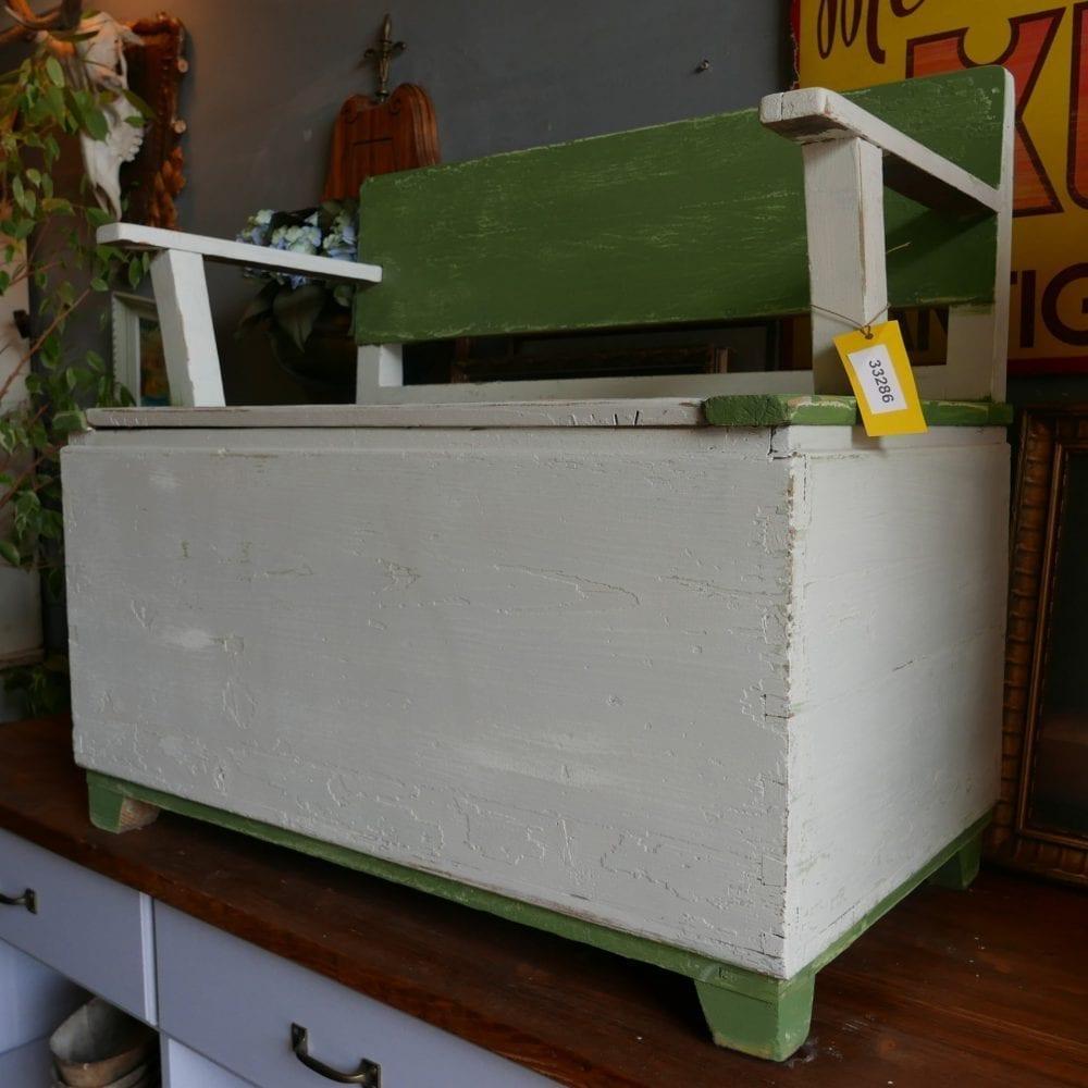 crème-groene kistbank