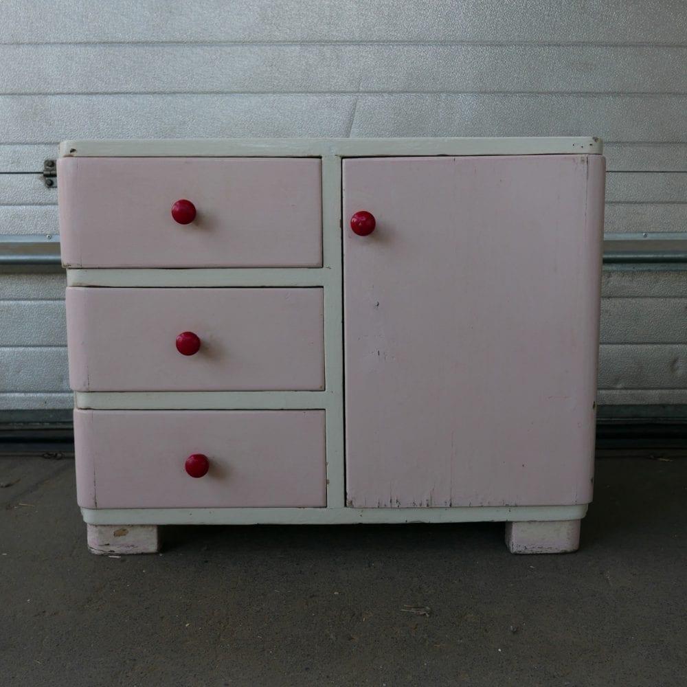 roze kastje