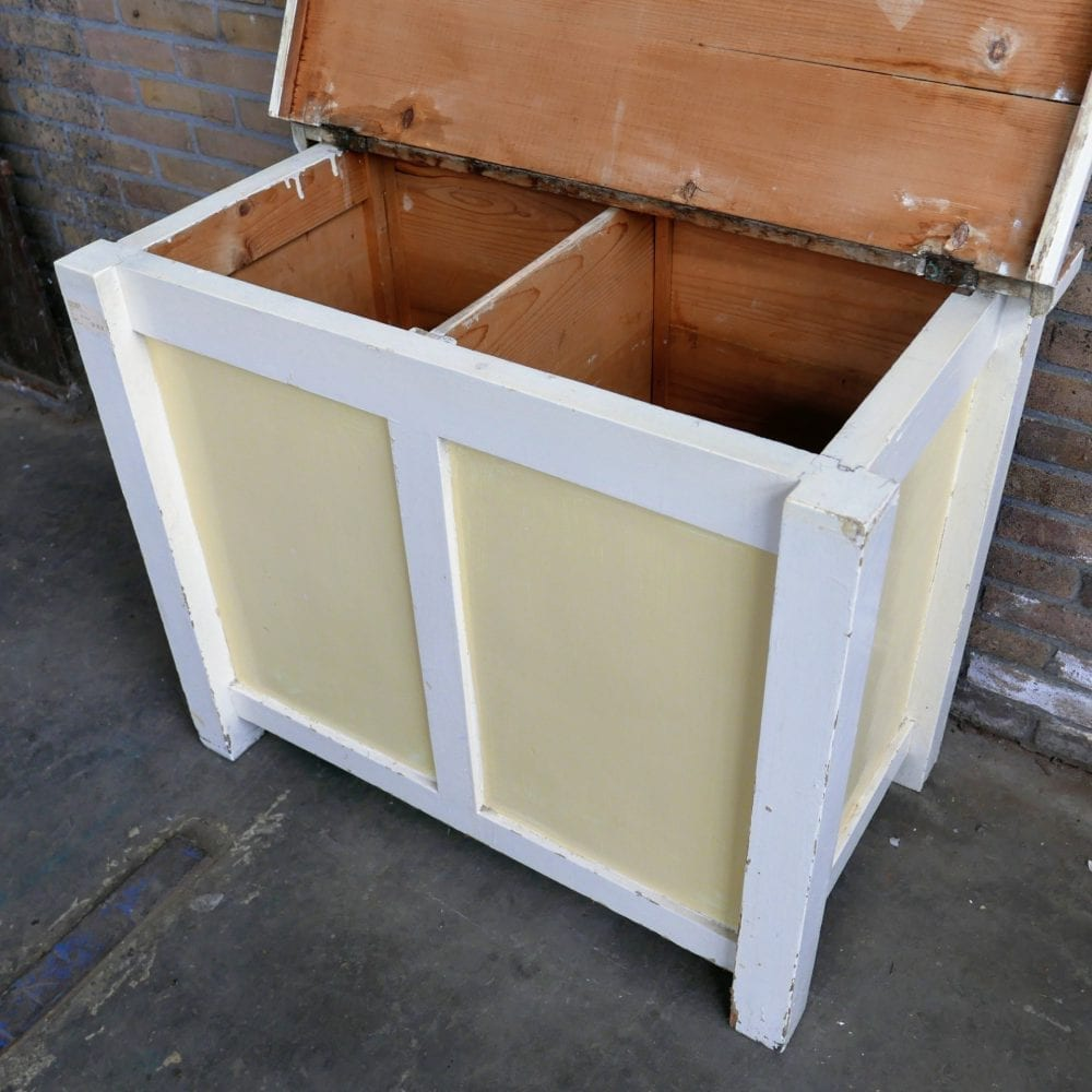Geel-witte kist