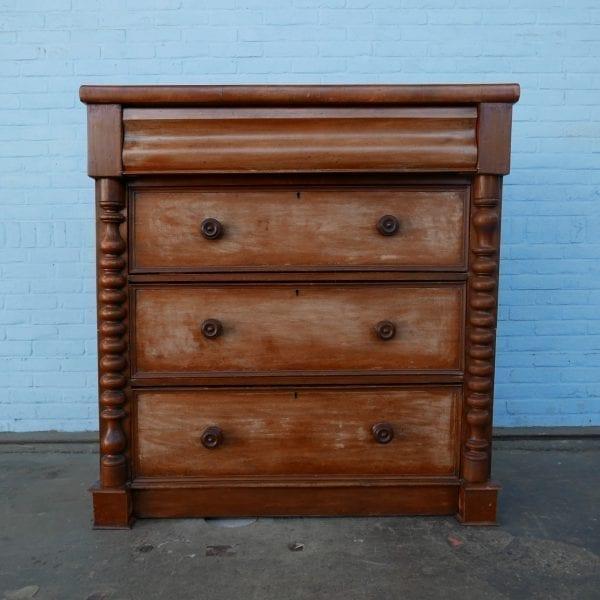 houten ladekast
