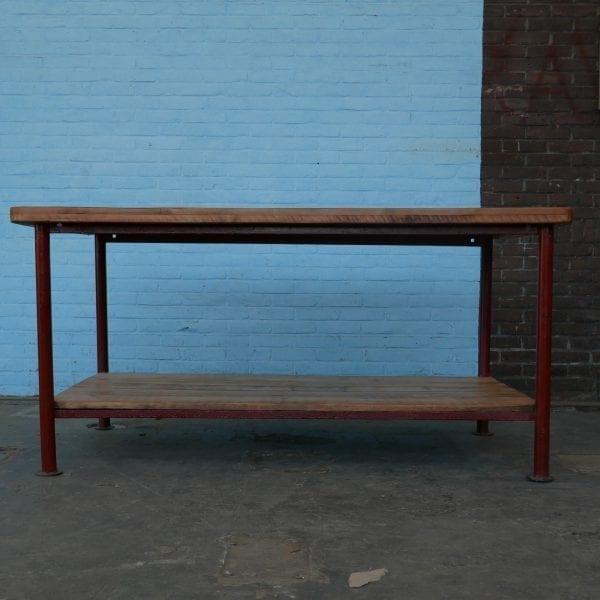 Industriële tafel met onderblad