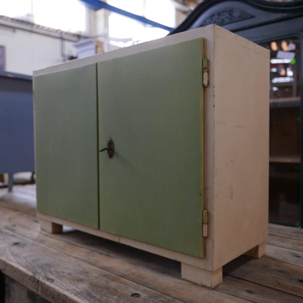 groen-wit kastje