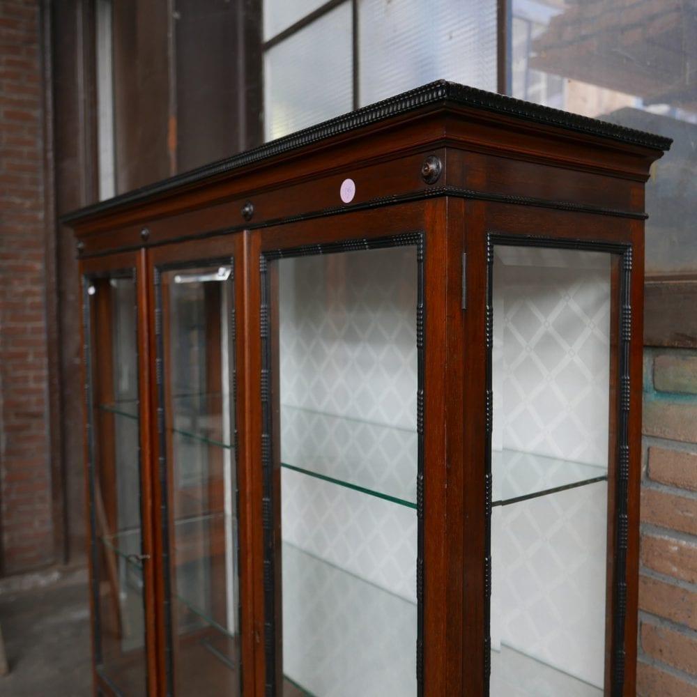 Barok vitrinekast