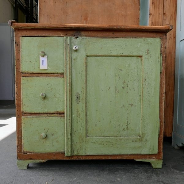 Brocante keukenkast commode