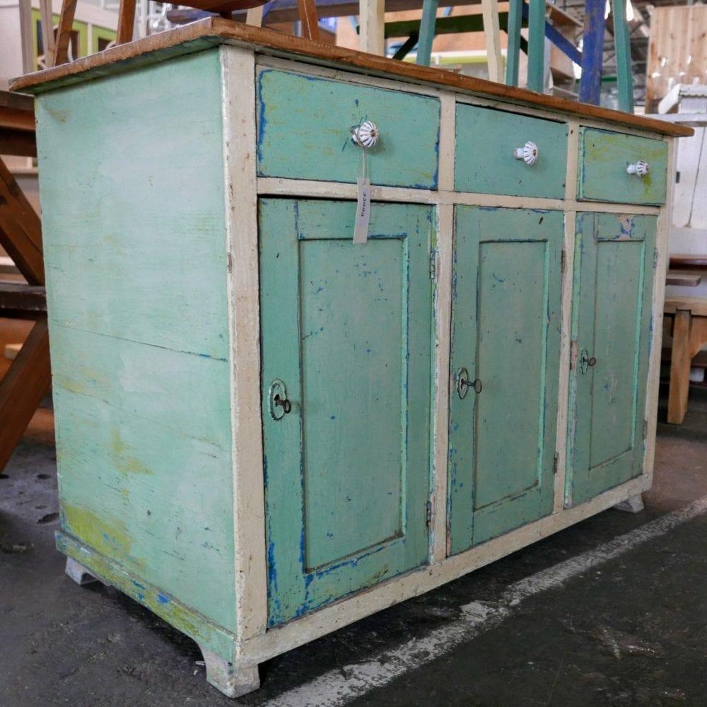 Mintgroen dressoir