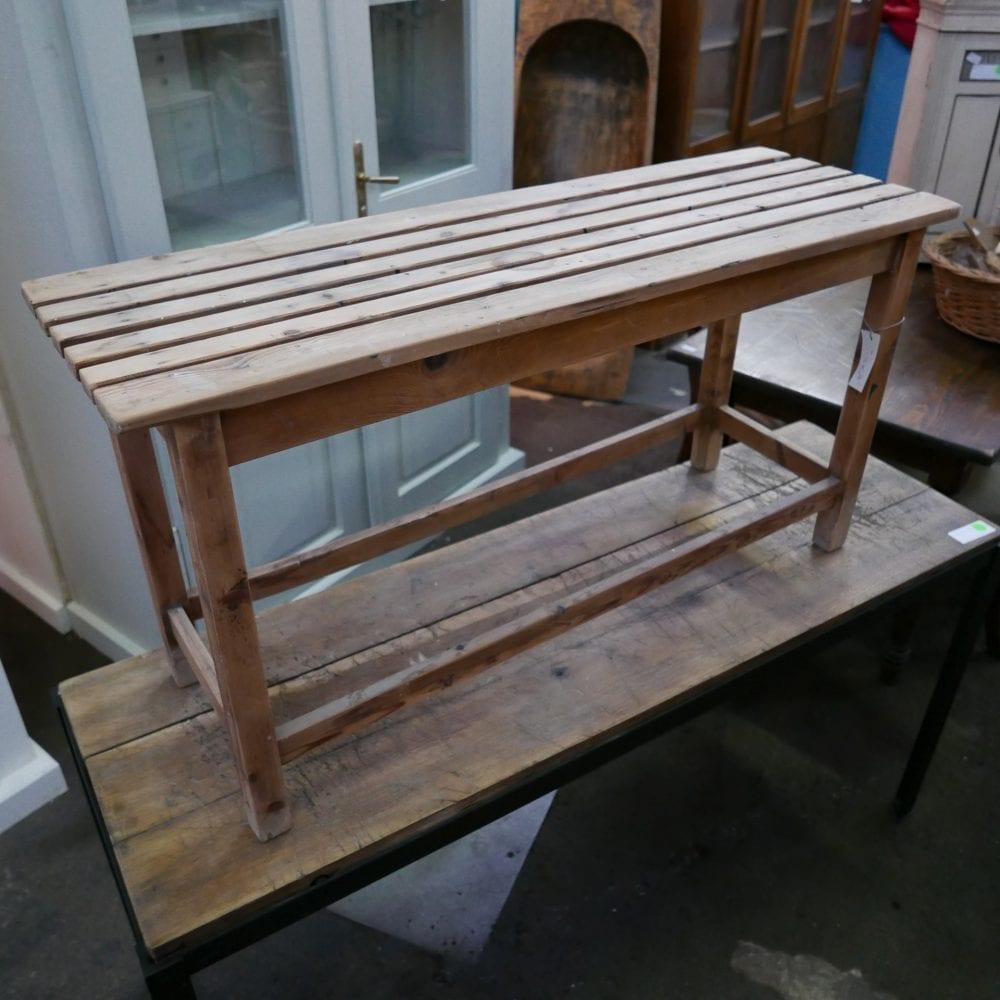 houten latjes bank