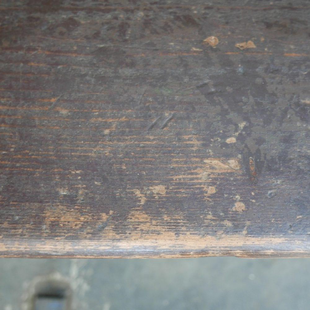 bruine houten bank