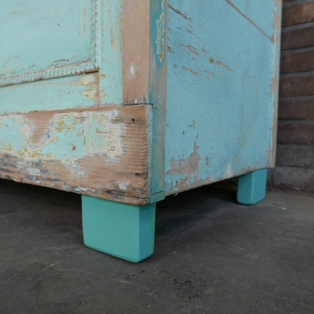 Turquoise kistbank