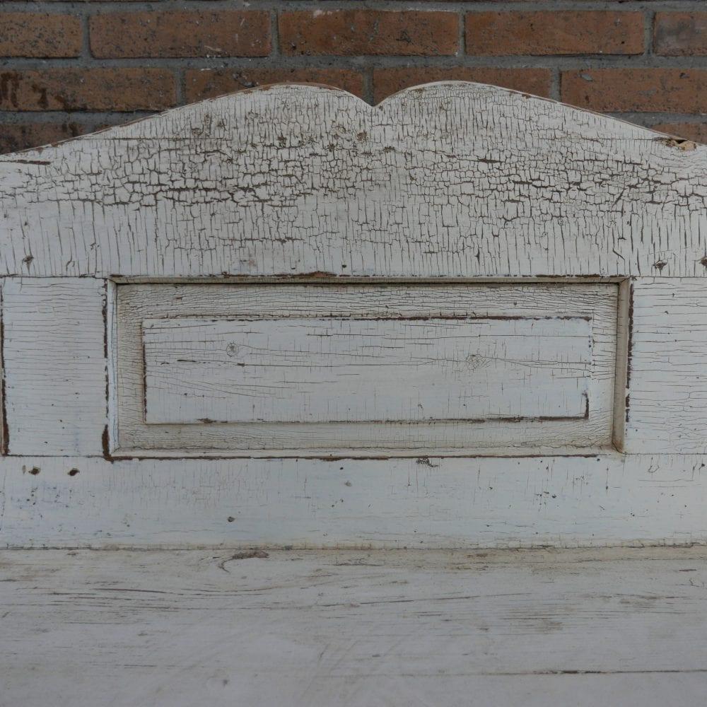 witte houten brocante bank