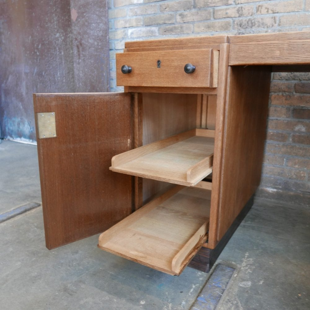 Pander bureau vintage