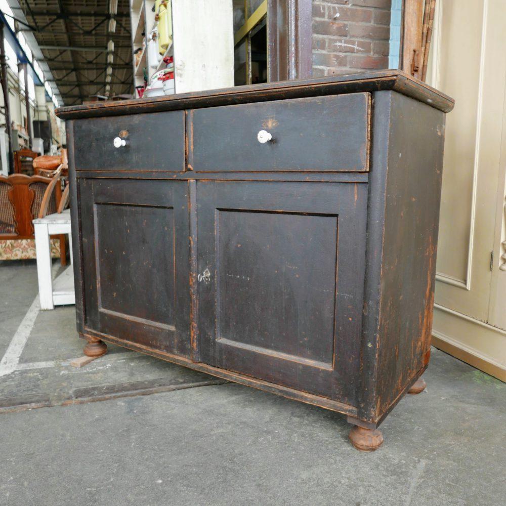 Bruine onderkast dressoir commode