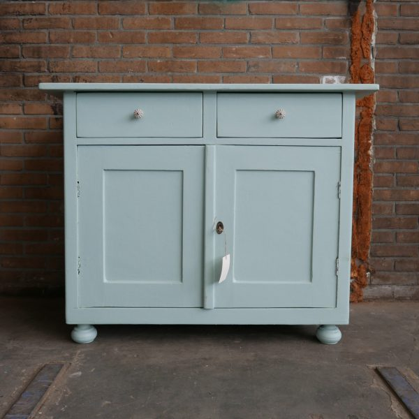 Blauwe commode