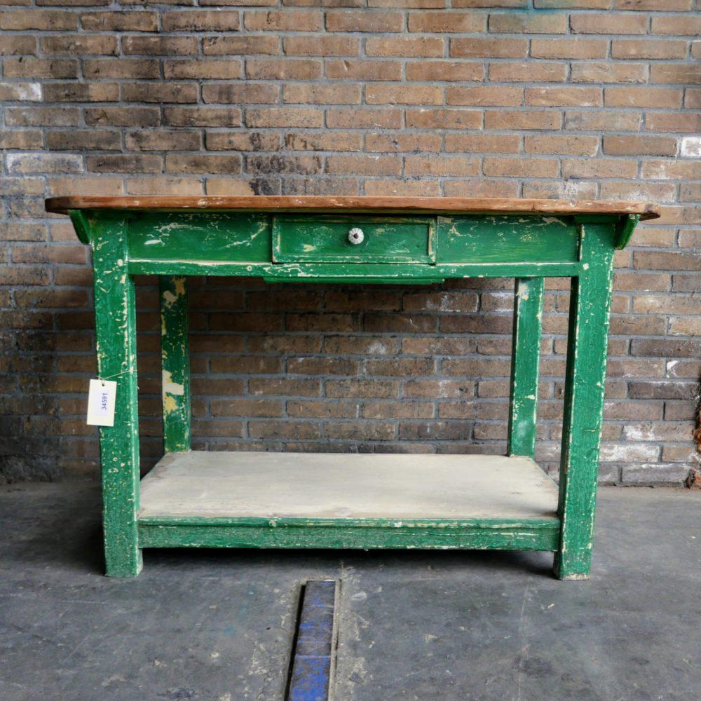 Groene eettafel met onderblad