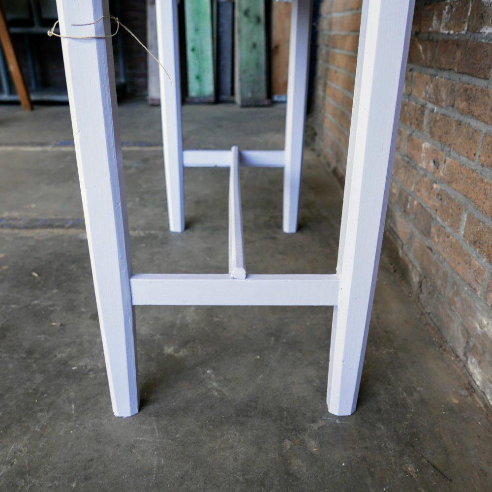 Lichtblauwe kaptafel met spiegel