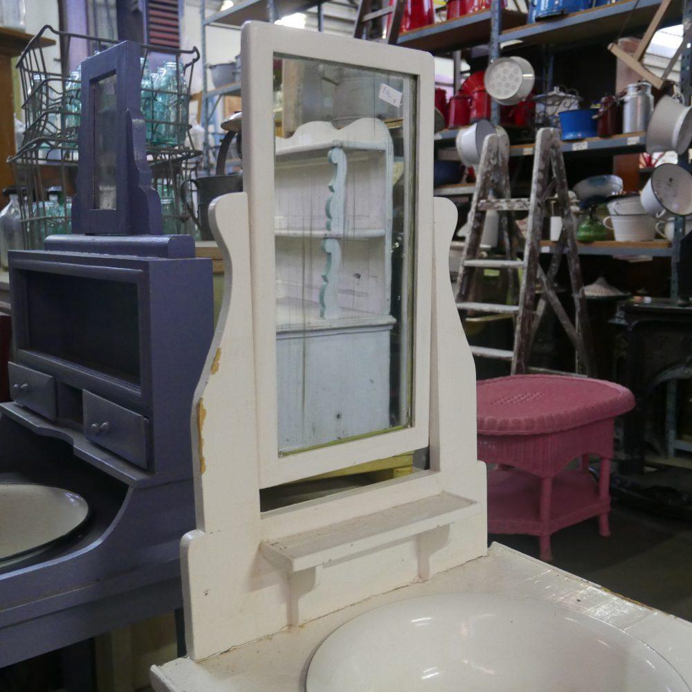 Wit houten wastafel meubel met spiegel