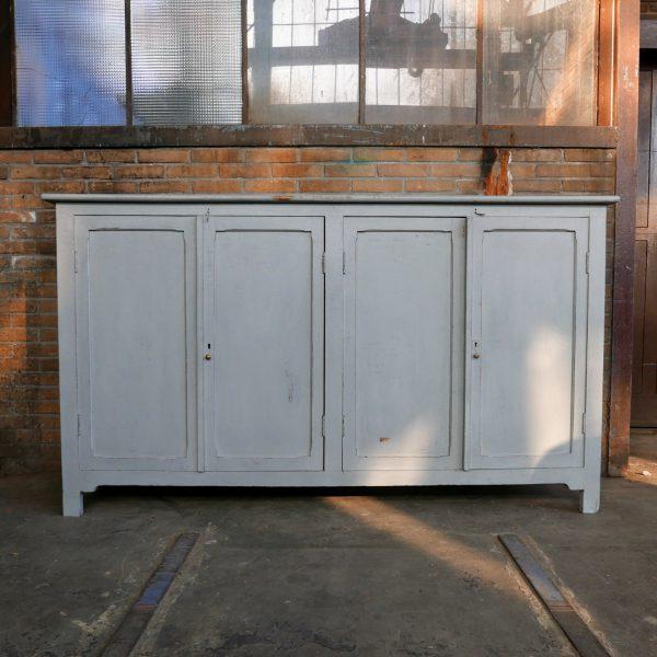 Grijs houten dressoir
