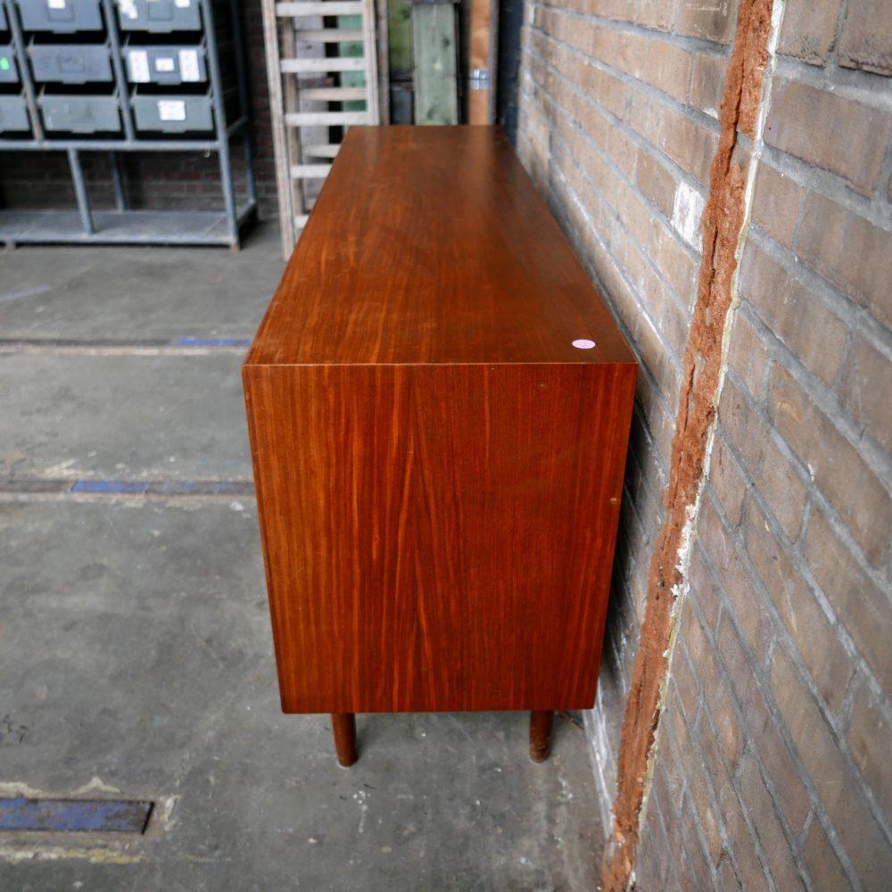 Vintage dressoir