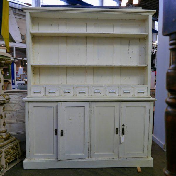 Witte apothekerskast winkelkast