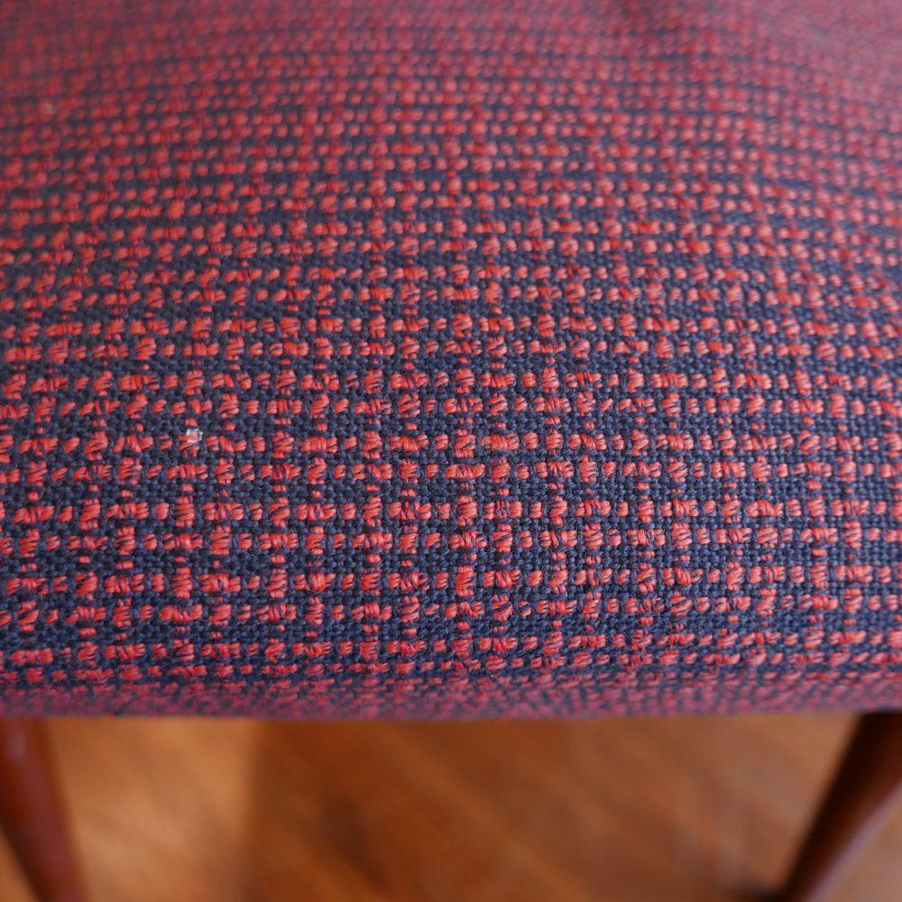 Rood retro stoeltje