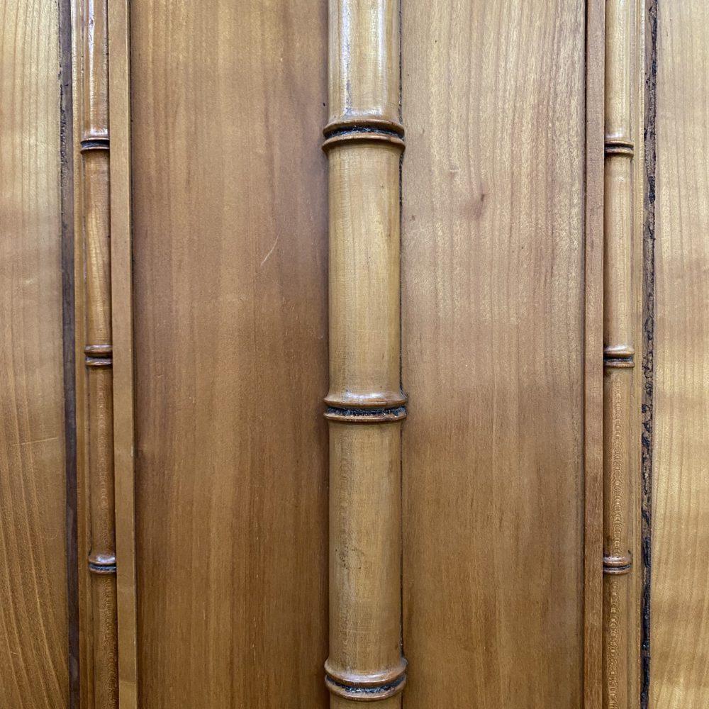 Bamboe linnenkast