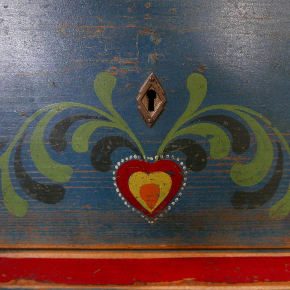 Beschilderde ladekast
