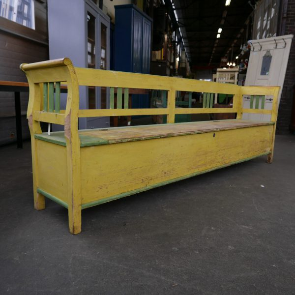 Geel-groene klepbank