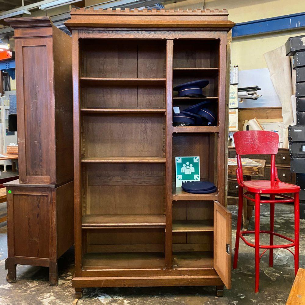 Open houten kast