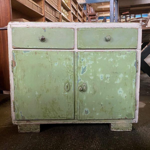 Groen-wit houten kastje
